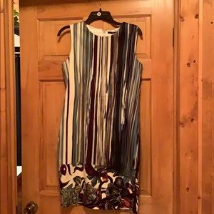 Like new Tahari dress, size 10.